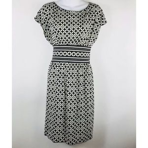 Max Studio Black and White Small Dress